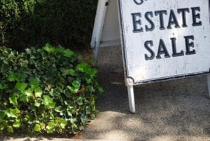 Estate Sale Sign Image